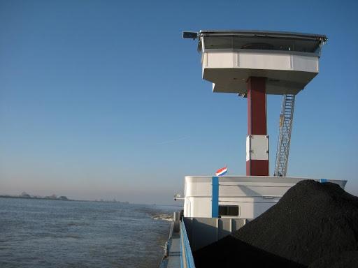 Stuurhuizen op een binnenvaartschip